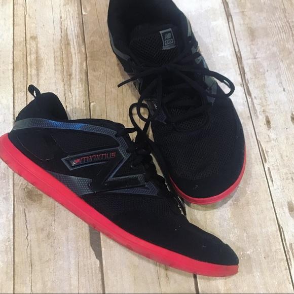 black and red new balance minimus